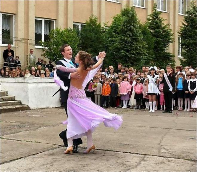 Вальс на выпускной танец 11 класс видео смотреть онлайн