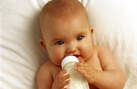 Какая смесь лучше для новорожденного?