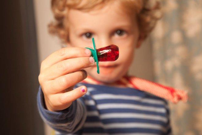 Как отучить ребёнка от пустышки (соски)?
