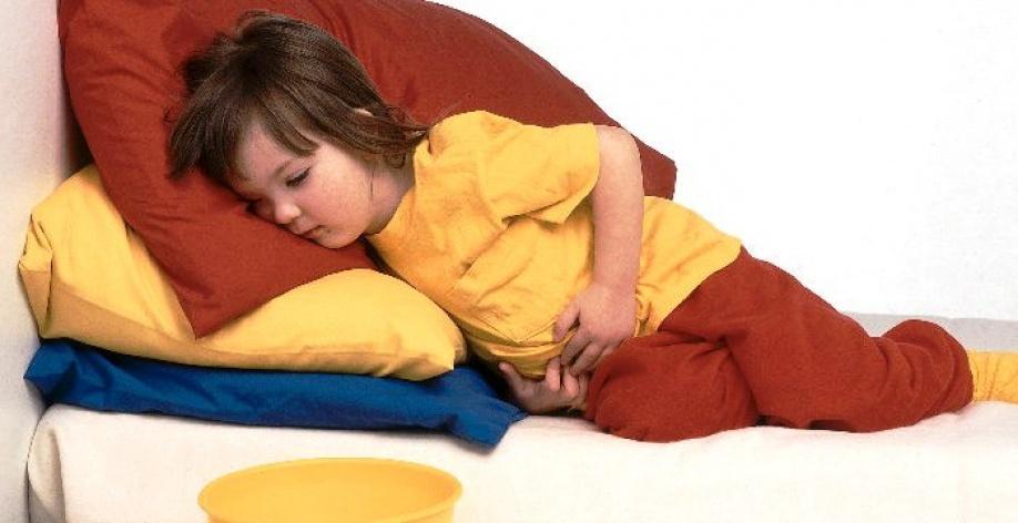 Что делать если ребенка рвет и тошнит?